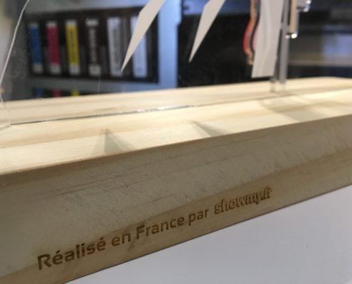 Plexiglass et bois // Design graphique - Découpe laser - Impression numérique UV